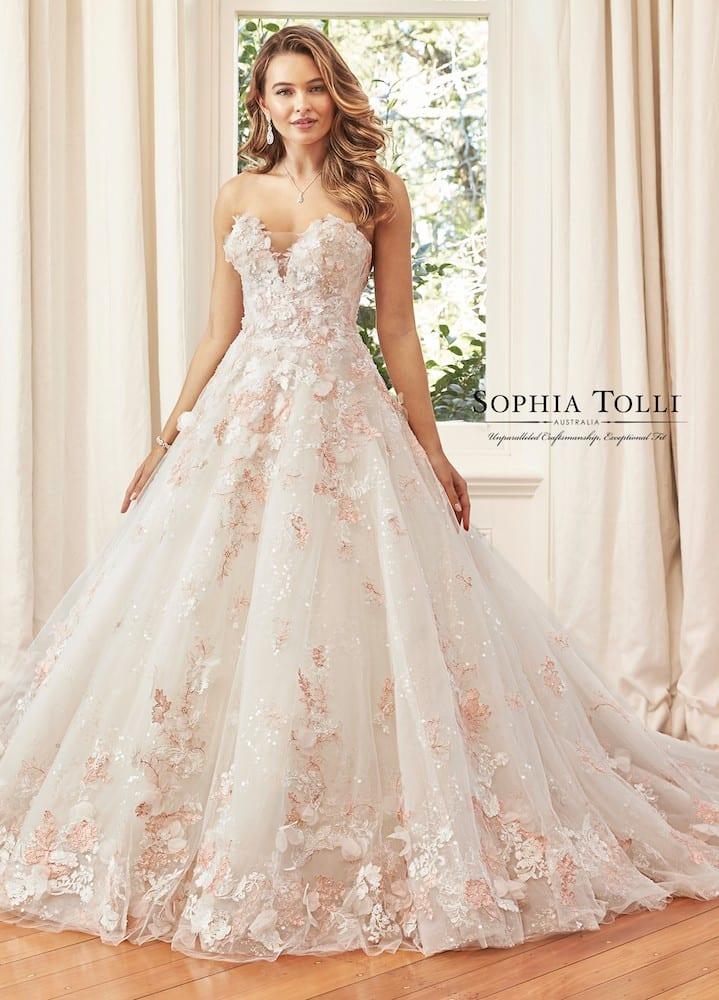 Y11973 kaia Sophia Tolli